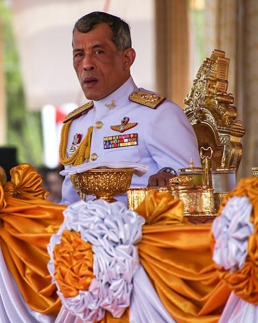 Royal Family Around The World Thailands King Bhumibol -5135