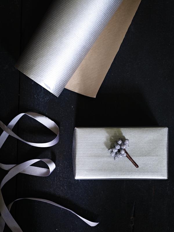Silver kraft paper gift wrap