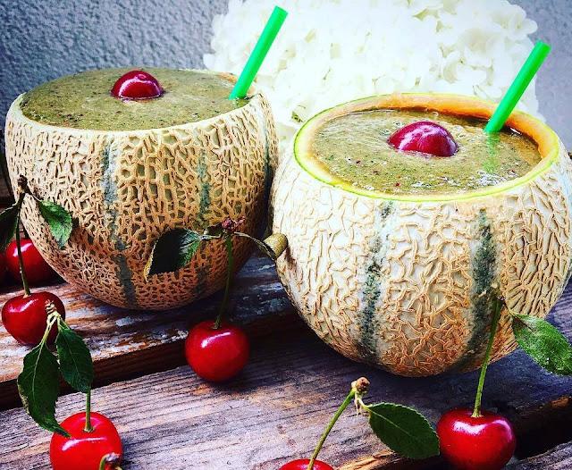 https://zielonekoktajle.blogspot.com/2018/07/liscie-kalarepy-wisnie-banan-melon.html