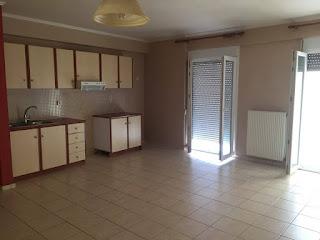 Ενοικιάζεται διαμέρισμα 1ου ορ.,  στη Μυτιλήνη (ΕΠΑΝΩ ΣΚΑΛΑ ). Τιμή ενοικίασης: 350 ευρώ.