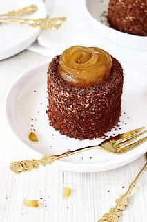 Chocolade-mascarpone taartjes met peer