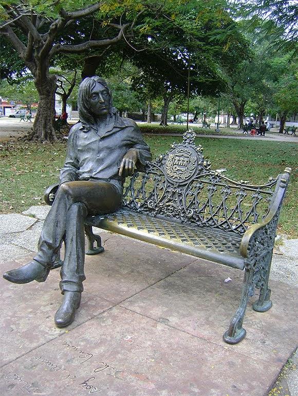Si vous allez à Cuba, allez dire bonjour à John Lennon !