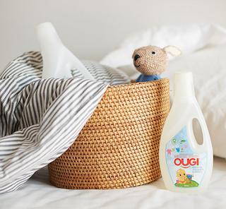 Produk OUGI (LARGE 1000ML) Senyum Ceria Bayi Sehat bersama Ougi Detergent
