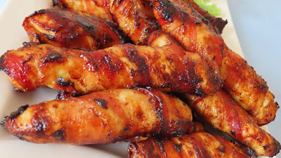 Pileća prsa omotana hrskavom pancetom / Bacon wrapped chicken breast