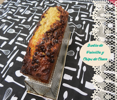 Budin de vainilla y chips de chocolate