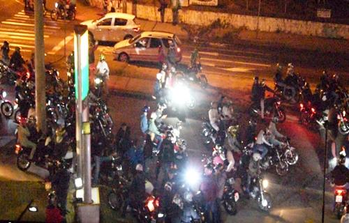 Aglomeração de motoqueiros nas ruas da capital divide opinião da comunidade