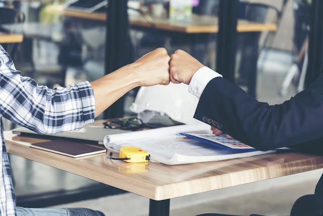 4 Tips Sukses Membangun Usaha Bersama Teman