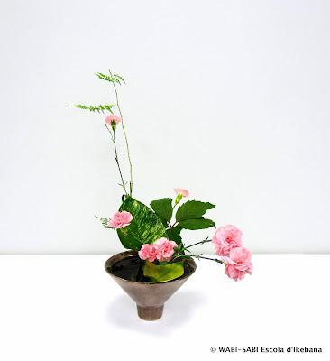 Ikebana-jiyuka-freestyle-escola-wabisabi-flors