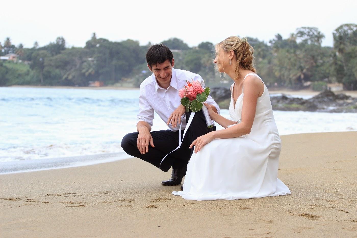 Real Destination Weddings: Family Beach Wedding In The Sun