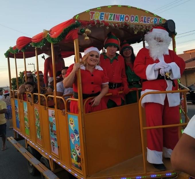 Cinthia Sonale e Galego Caetano realizam Natal Solidário para crianças em Grossos-RN