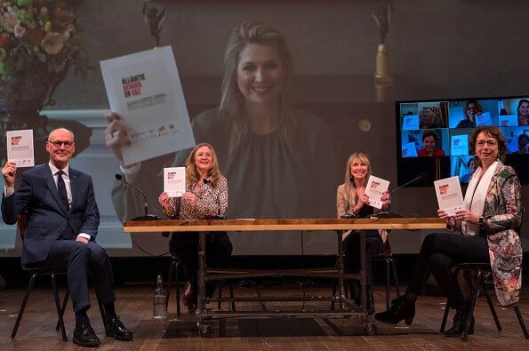 Queen Maxima took part in the online launch of the Alliantie Gender and GGZ during a meeting of WOMEN Inc