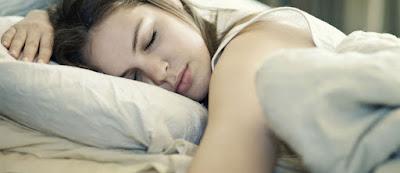 Perawatan Wajah Sebelum Tidur