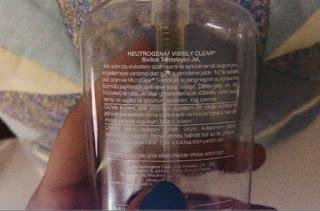 Neutrogena Visibly Clear Yağsız Yüz ve Sivilce Temizleme Jeli