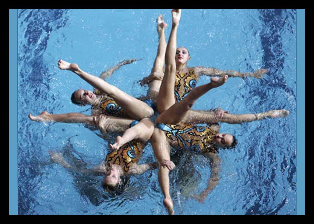 men naked synchronized swimming