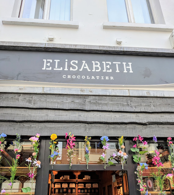 What to do on a 4 hour layover in Brussels: Elisabeth chocolatier