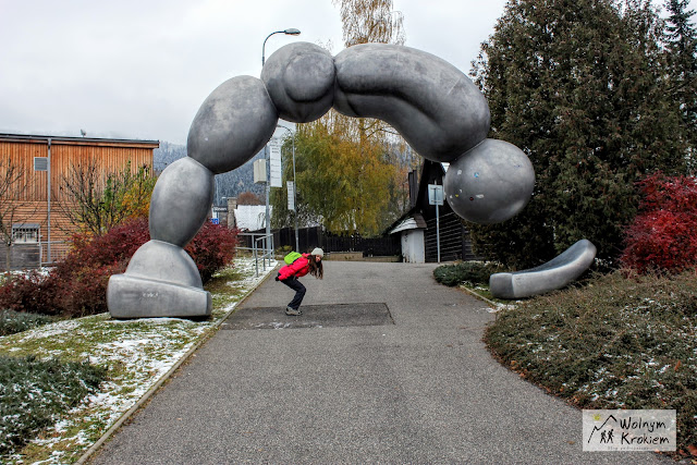 Liberec pomnik skoczka narciarskiego