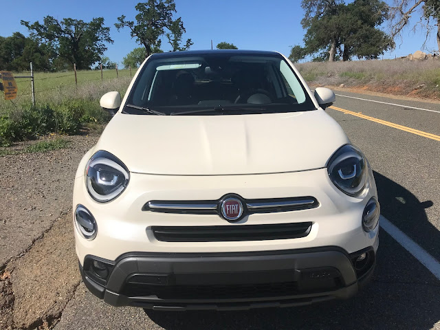 Front view of 2020 Fiat 500X Trekking Plus AWD