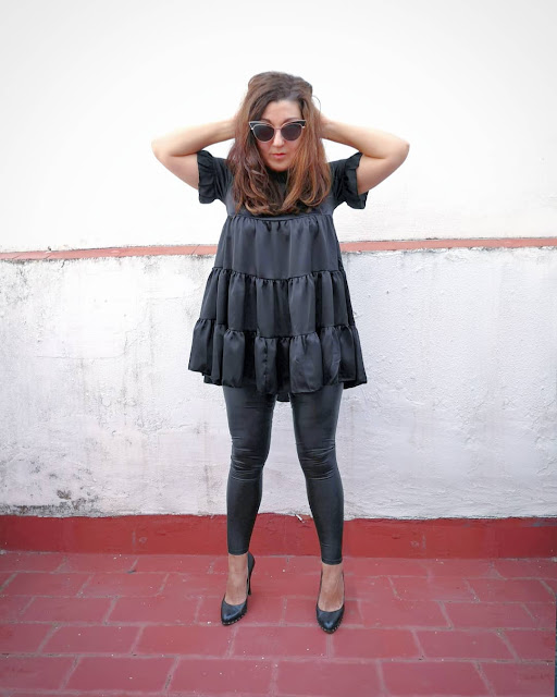 black-leather-look-legging
