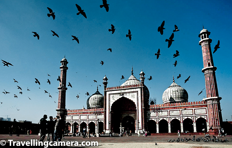 Many of you may know that Jama Masjid is largest mosque of India (which is controversial and you will few details below) and situated in hustle bustle of Old Delhi.  You may have seen those large Eid gathering photographs of Jama Masjid and those delicious street food shops of Chandi-Chowk or Chawri Bazar but may not really know some of the lesser known facts about this mosque which is very important for religious standpoint as well as heritage & architecture. On internet, there are also claims that Jama Masjid in Delhi is largest mosque in India, and at some places the largest mosque in India is Taj-ul-Masjid in Bhopal.