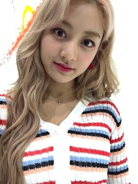 Twice Japan Selfies