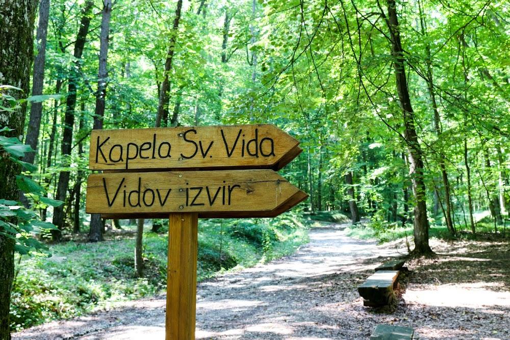 Energetske točke in sprehajalna pot pri Bukovniškem jezeru
