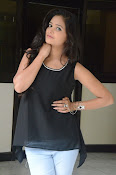Shreya Vyas new glamorous photo session-thumbnail-11