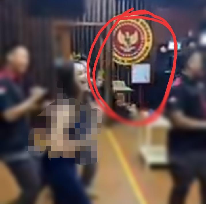 Hana Hanifah TikTokan Berlogo BIN, Poyuono: Itu Bukan Kantor BIN