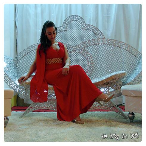 http://unblogdefille.blogspot.fr/2016/12/look-tenue-de-soiree-en-rouge-et-dore.html