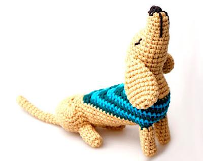 """perro salchicha amigurumi """"Vicente"""", tejido en crochet"""
