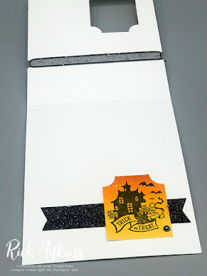 Learn how to create a fun easy ink blended background and window card using Stampin' Up! Products.