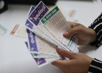 Resultado das Loterias - Quina 5231,Lotofácil 1946,Lotomania 2060 - sexta-feira, 27/03