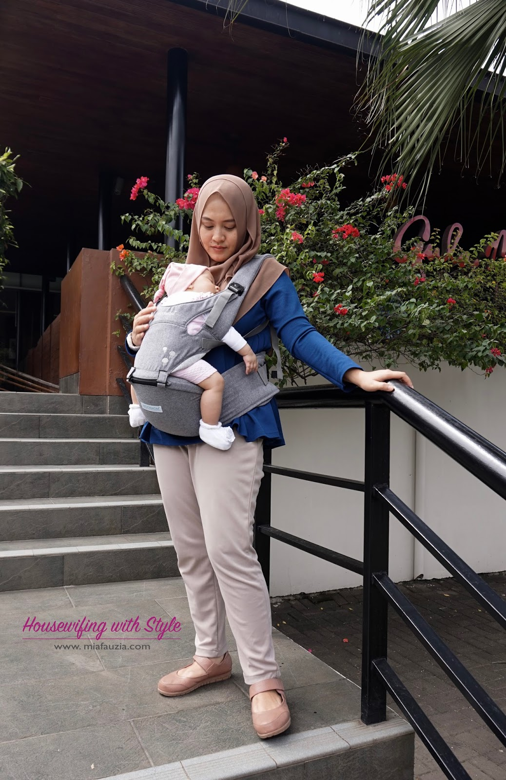 Mooimom Lightweight Hip Seat Carrier