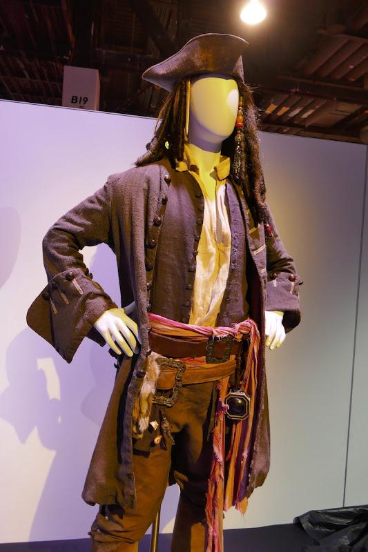 Pirates of Caribbean Captain Jack Sparrow costume