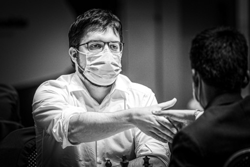 Le Français Maxime Vachier-Lagrave remporte son match contre l'Indien Rameshbabu Praggnanandhaa et passe au 5ème tour de la coupe du monde d'échecs - Photo © Eric Rosen