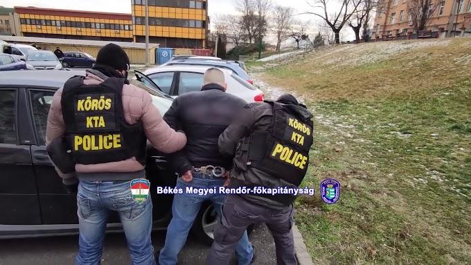 Budapesten csapott le a rendőrség a trükkös bűnözőkre