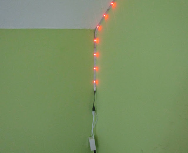 lampki, ściana, pasek LED, kolory