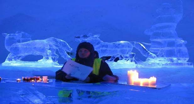 Are you brave enough to stay in any of the twenty chilly rooms of exceptional Kirkeness Snow hotel? Two to five persons can reside in each of the snow compartment and consists of wonderfully in-depth carved out attractive snow sculptures. The temperature of the rooms is below zero degree i.e. -4 degrees centigrade. However, thermal sleeping bags and insulated mattress are there that will enable you to spend the night quite easily.