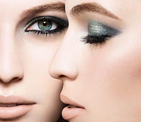 13 Tips agar tampil kece dan fashionable, Aksen Metalik pada Mata, penyebab heterochromia iridium, josh henderson, artis bermata hijau, hazel eyes, nicole richie, melanin, cara mengubah warna rambut secara alami, biokinesis
