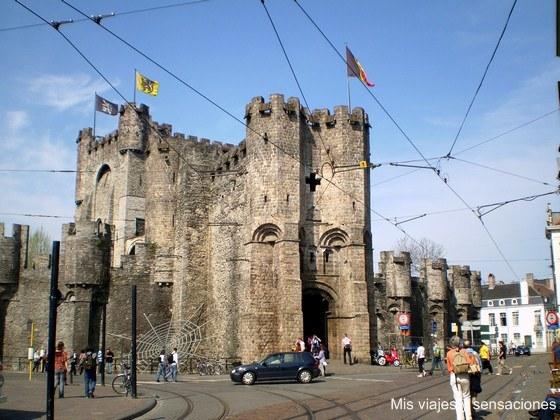 Castillo de los Condes de Flandes o Gravensteen, Gante, Belgica