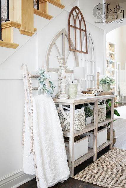 http://www.thriftyandchic.com/2019/04/diy-rustic-x-console-table.html