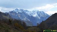 Vista a los Picos de Europa desde San Román, Amieva