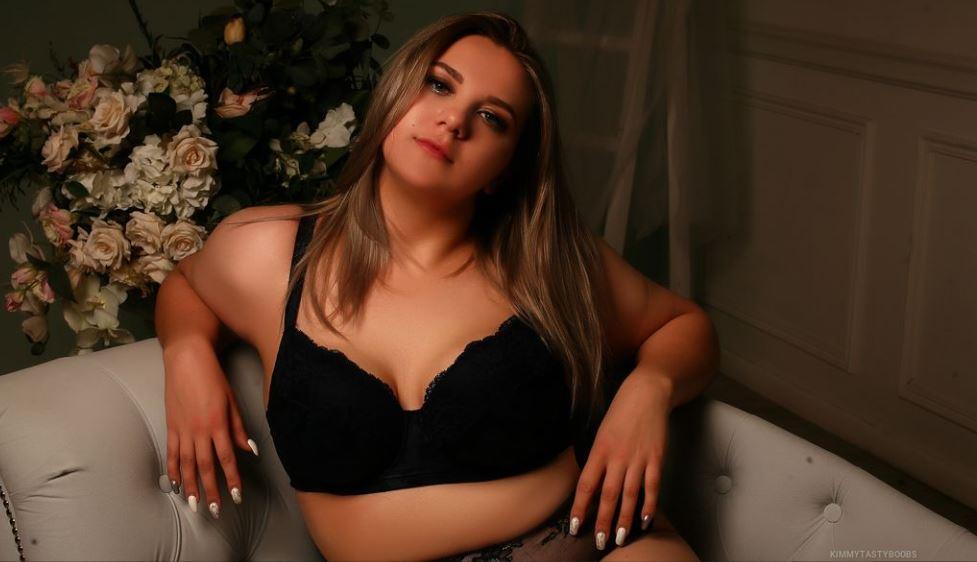 KimmyTastyBoobs Model GlamourCams
