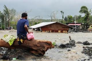 Topan Terganas 2020 Menerjang Filipina, Setidaknya 10 Orang Tewas