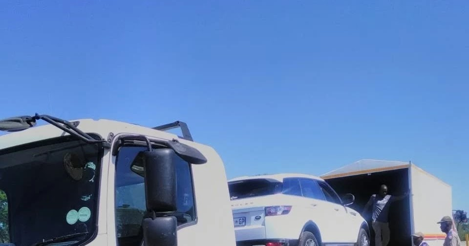 TRUCK HEADING TO ZIM WITH STOLEN GOODS IMPOUNDED