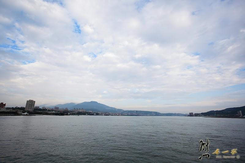 捷運關渡站搭遊輪賞景-大河之戀皇后號-仿馬克吐溫號明輪