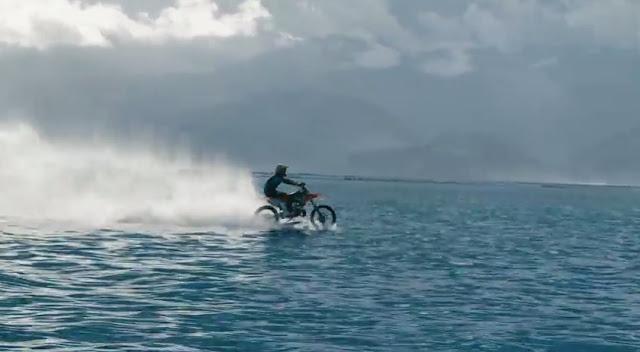 Robbie Maddison Moto Surfing