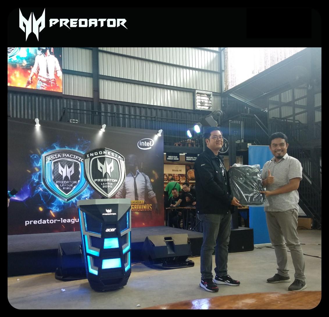 Predator Triton 300 2