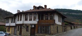Veliko Tarnovo, Barrio de Asenova.