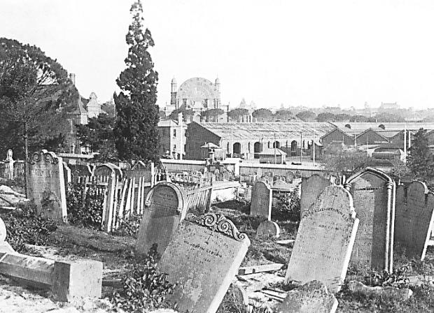 Devonshire Street Cemetery 1901 (Source: Past Lives of the Near Future)