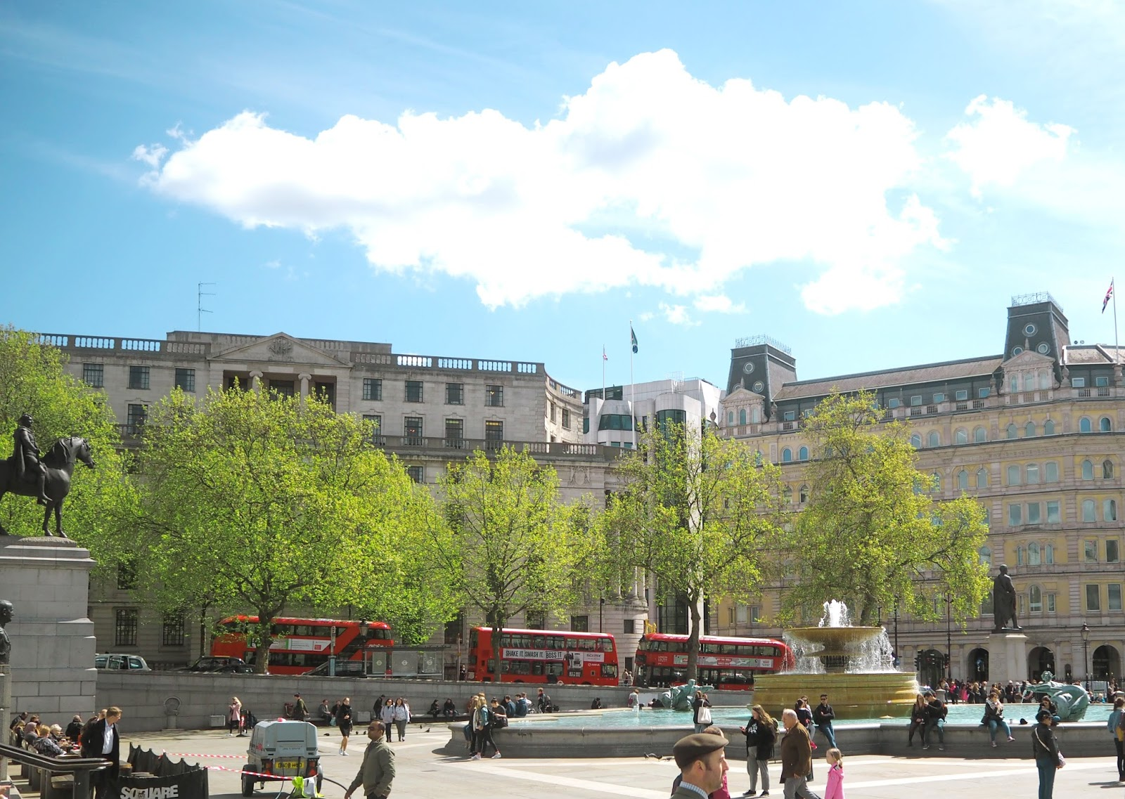 Postcards from London - Trafalgar Square